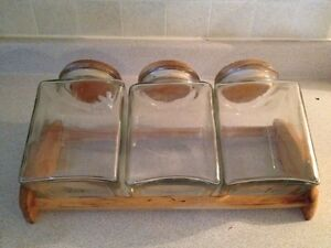 Glass storage containers  Kingston Kingston Area image 1