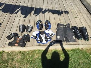 Asst junior hockey equipment Kawartha Lakes Peterborough Area image 1