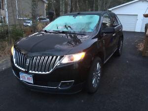 2011 Lincoln MKX Premium SUV, $12000