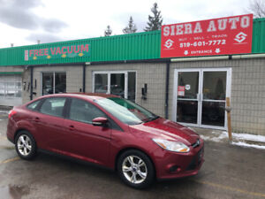2014 Ford Focus SE Sedan**ALLOYS**NO ACCIDENTS**HEATED SEATS**