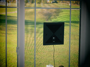 Amplified Antenna for FREE off-the-air HDTV programs FRINGE Strathcona County Edmonton Area image 3