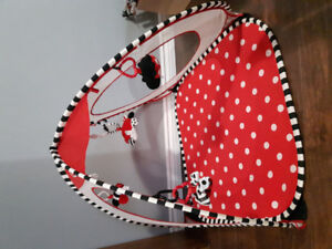 Baby playmat/tent