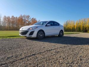 2011 Mazda 3 REDUCED
