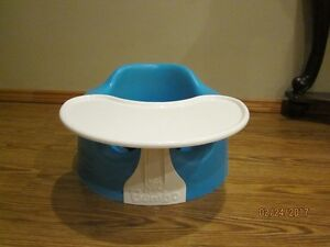 Bumbo Floor Seat with Tray - Like New