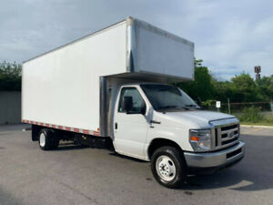 2016 Ford E-450 18 Ft Box Gas + Propan 49000Km 36500$ OBO