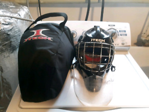 Full set of men's goalie equipment