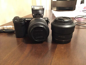 Sony NEX-5R wifi mirrorless camera + 2 lens