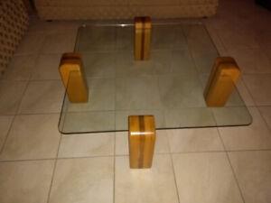 3 tables d 'appoints à vendre