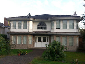4 or 5 Bedrooms in Burnaby East $2500 Available Immediately