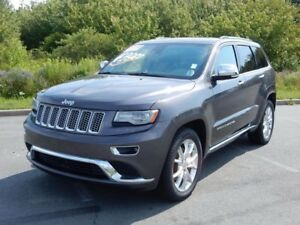 2014 Jeep GRAND CHEROKEE SUMMIT DIESEL!  FULLY LOADED! AIR RIDE!