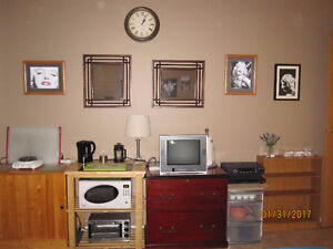 RENTAL ROOM $575 per month – inclusive - AVAILABLE JUNE 1ST.