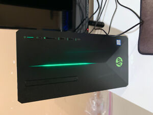 Hp gaming pc with mouse and keyboard