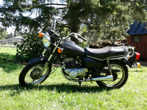 HONDA Twinstar 200t Motorcycle 200cc 1982 Black with Chrome Trim
