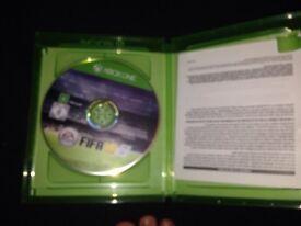 FIFA 16 Xbox One girl