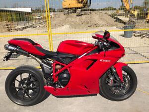 2012 Ducati EVO 848...1800 km... Beautiful Bike