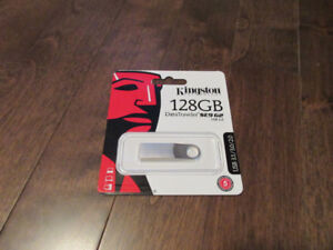 Kingston 128GB DataTraveler SE9 G2