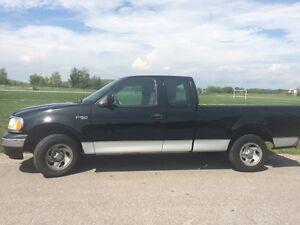 2002 Ford F-150 XL pickup truck