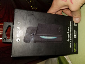 Mophie charge force case & powerstation mini for