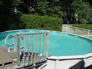 Spa et piscine dans saint hyacinthe maison ext rieur for Club piscine st jerome liquidation