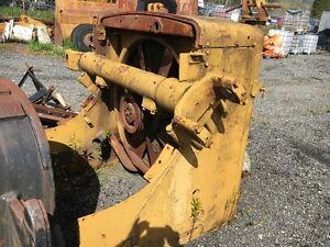 D-9 Rad & Lift cylinder