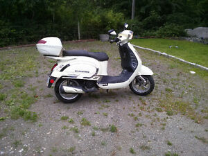 2012 Saga Quest Scooter REDUCED