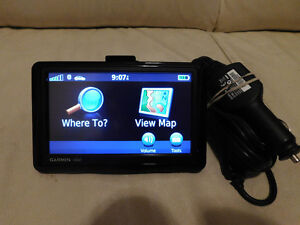 "GARMIN GPS 1390, 4.3"" SCREEN, BLUETOOTH, LIFETIME MAP UPDATE."