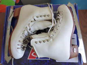 """Figure skates Riedell 875 TS Size 4.5 / Infinity blades 9 1/4"""""""