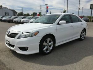 2011 TOYOTA CAMRY SE * POWER GROUP * EXTRA CLEAN London Ontario image 2