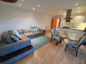 1 bedroom flat in Ocean Wharf, 60 Westferry Road, London, E14(Ref: 6948)
