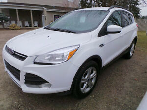 2014 FORD ESCAPE SE, 2.0L 4 CYL ECOBOOST WITH BACK UP CAMERA