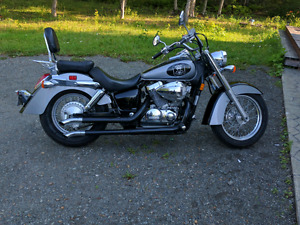 2005 Honda shadow 750 in mint conditions