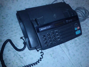 Sharp UX-107 Fax/phone machine with box/manual $45 Peterborough Peterborough Area image 3