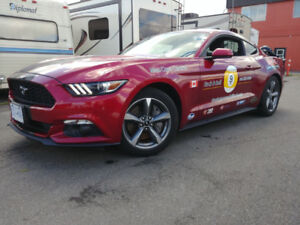 2015 Ford Mustang V6 Coupe (2 door)