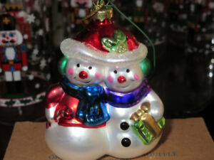 Adorable Blown glass snowmen tree ornament NIB