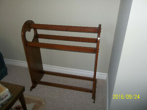 QUILT FRAME AND RACK Peterborough Peterborough Area image 2