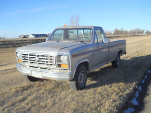 1982 Ford F-150 Explorer Pickup Truck