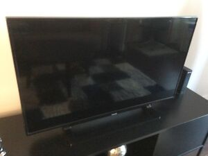 "42"" Toshiba flat screen tv, less than a year old"