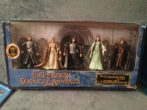 Lord of the Rings action figure boxed sets London Ontario image 4