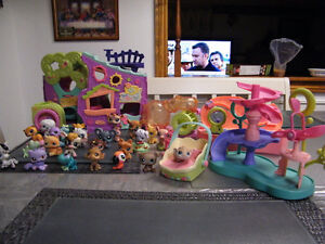 PET SHOP TOY LOT AND PLAY CENTERS
