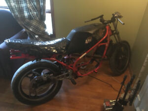 *** LOOKING FOR AN ENGINE OR PART BIKE FOR A RESTO PROJECT