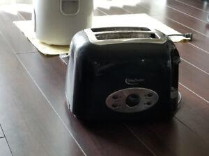 Betty Crocker 2-slice Toaster for $5