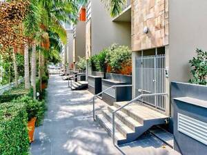 1 Master Room (single/couple) Fortitude Valley - James Street Apt Fortitude Valley Brisbane North East Preview