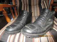 mens motorcycle boots size 9