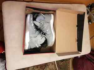 D Rose home. $160 London Ontario image 1