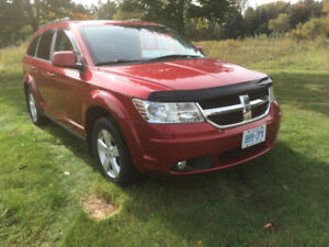 10 Dodge Journey SXT SUV. One owner Maintained & Clean Interior