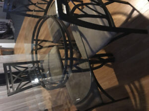 Glass Top Table 4 Chairs Hardly Used