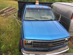 1991 4500 GMC dump truck