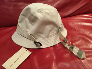 795650b14c2a Burberry bucket hat