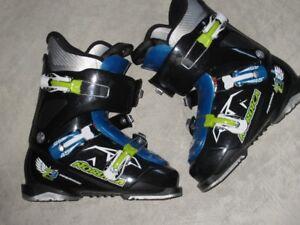 Junior Nordica ski boots size 24.5 ( 290 )