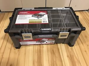 Husky 22 Inch Cantilever Tool Box - Brand new